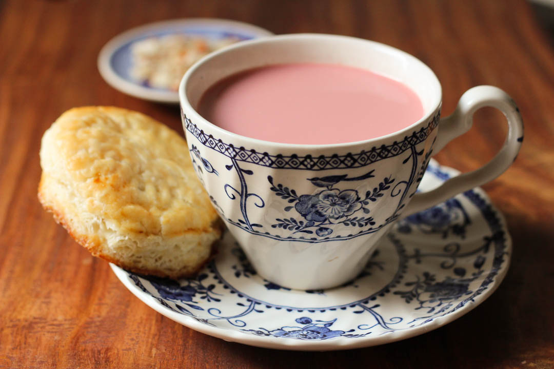 A Karachite's version of this classic winter beverage. Garnished with crushed nuts, Kashmiri Chai is known for its stunning pink color with a hint of salt & cardamom.