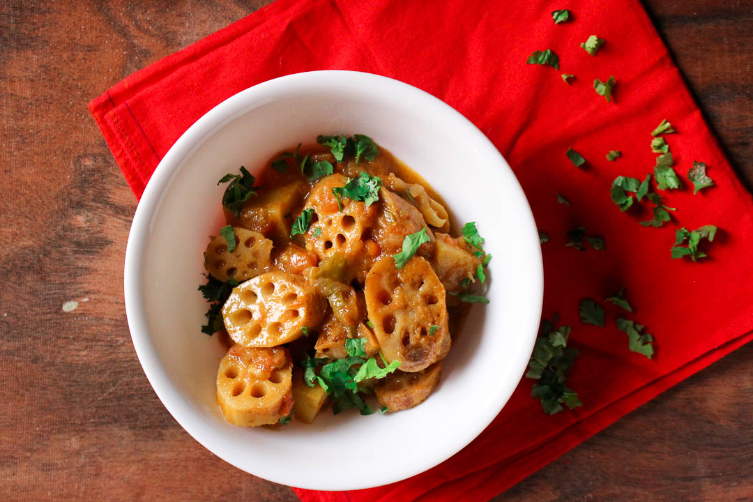 This popular Sindhi vegetarian recipe is made from lotus root (bhae in Urdu/Sindhi) in a onion based gravy with potatoes and tamarind pulp.