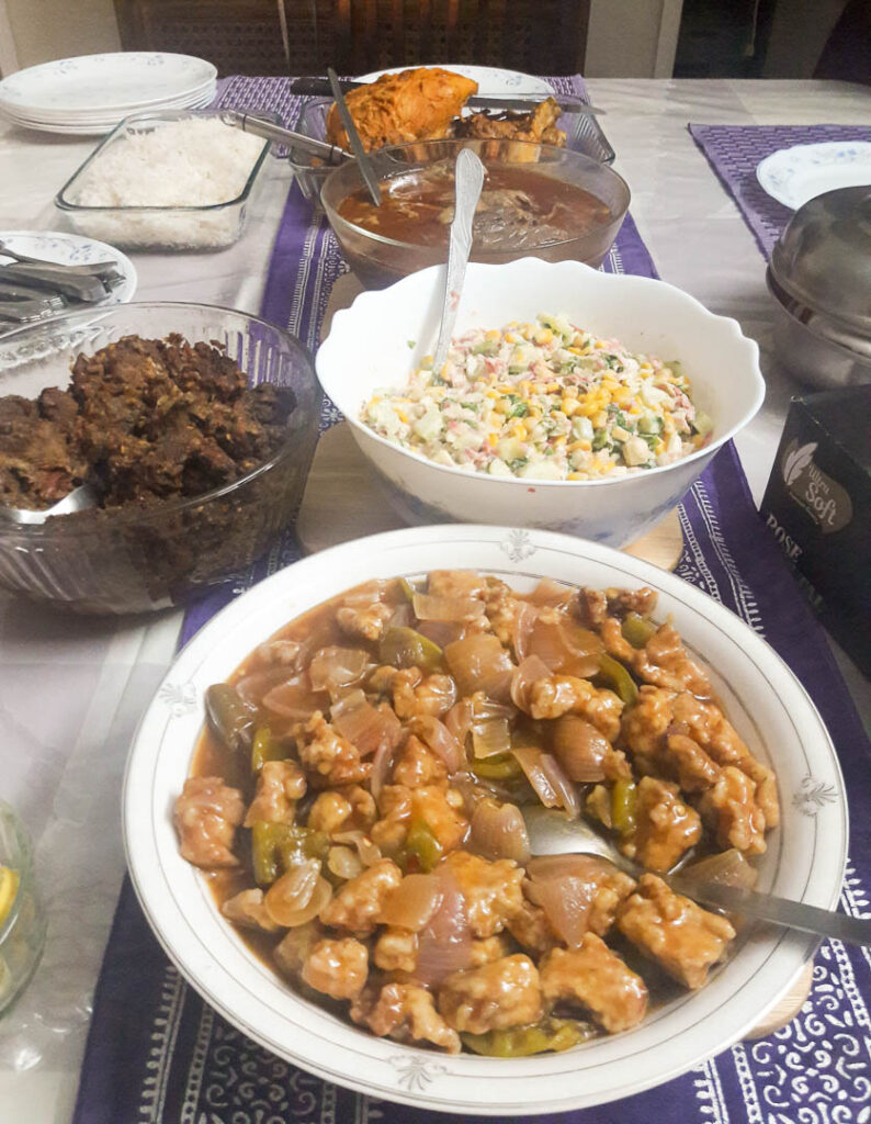 Party food ideas on a budget. Idea number 2 is the evergreen one dish party where everyone makes one dish and brings it to the hosts house where it is served and enjoyed by everyone.