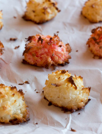 Requiring just 3 ingredients and 20 minutes in the oven, coconut macaroons are a simple and delicious crowd pleasing dessert.